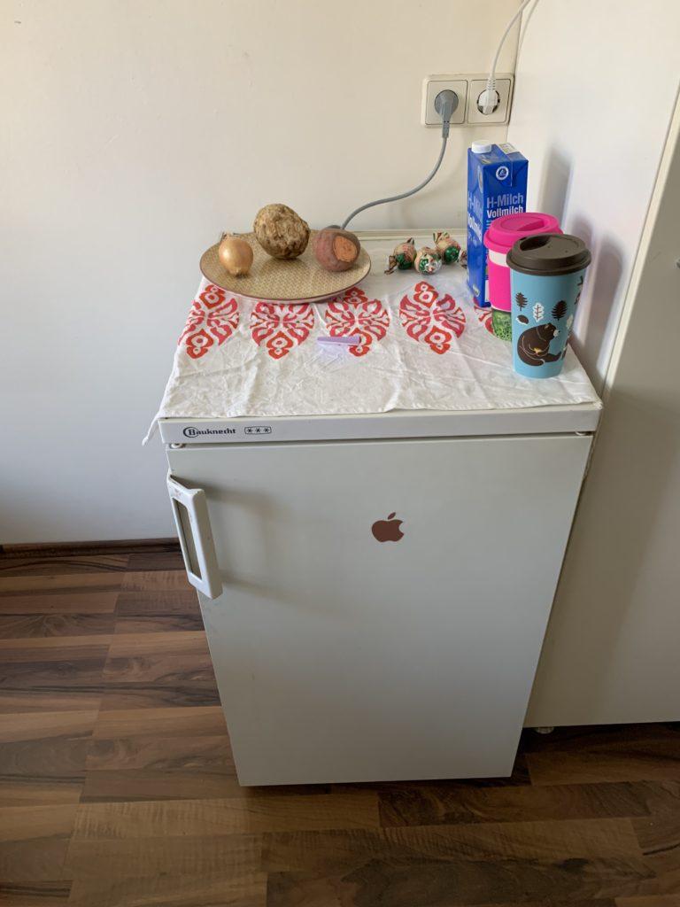 Der alte Kühlschrank
