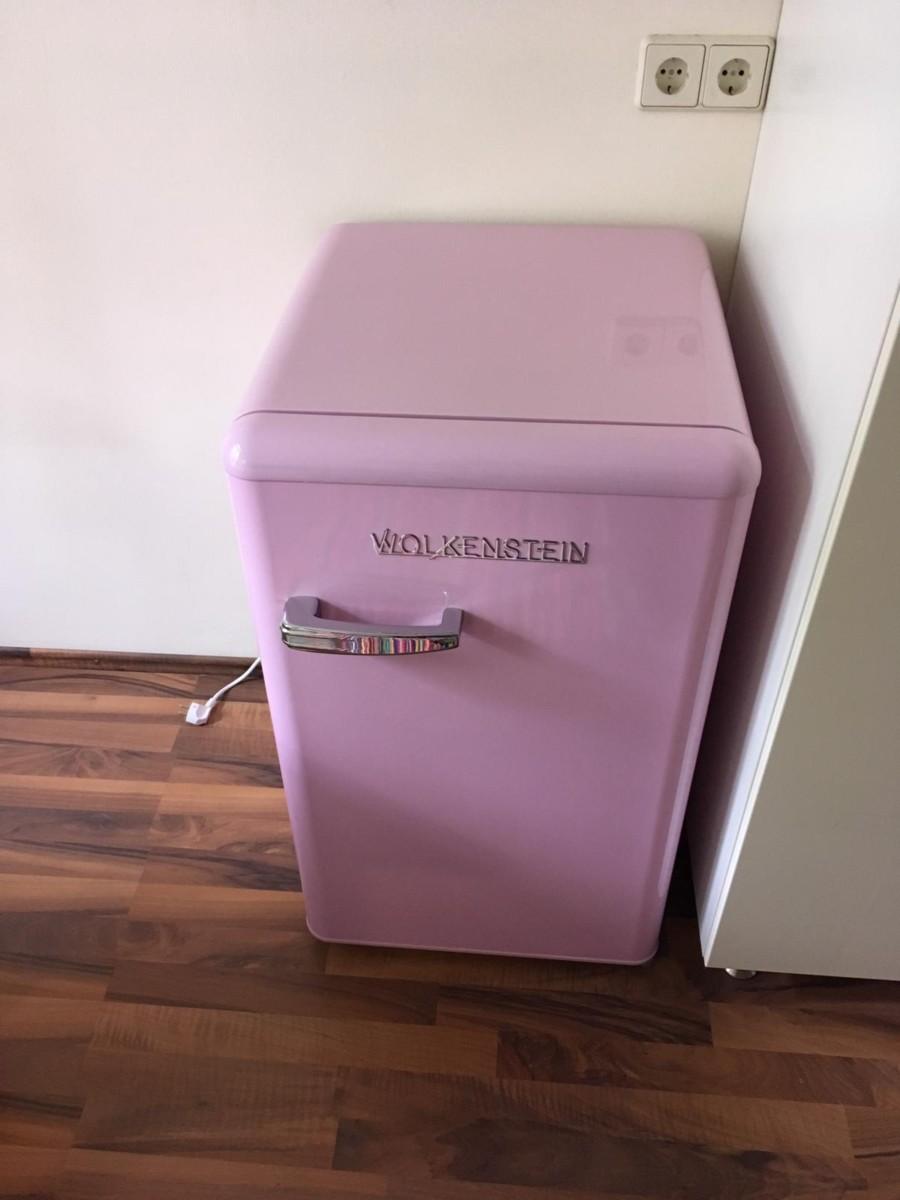rosa Kühlschrank